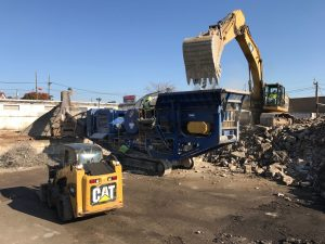 Demolition concrete crushing